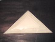 三角紙(上質パラピン紙製大、中、小取交ぜ)完全手折、50枚1束